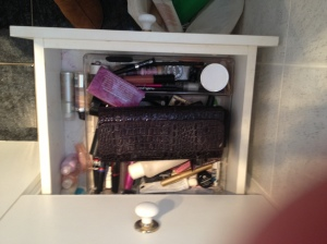 make up drawer before